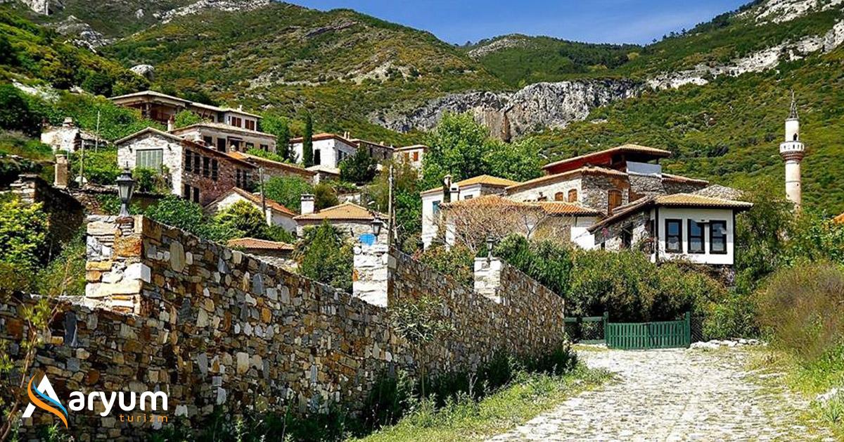 Doğallığın ve Sakinliğin Temsili: Doğanbey Köyü